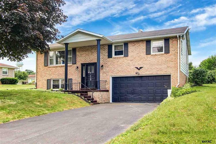 3540 Holly Road, Dover, PA 17315