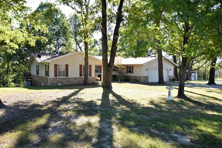 6168 Cottonwood Road, Harrison, AR 72601