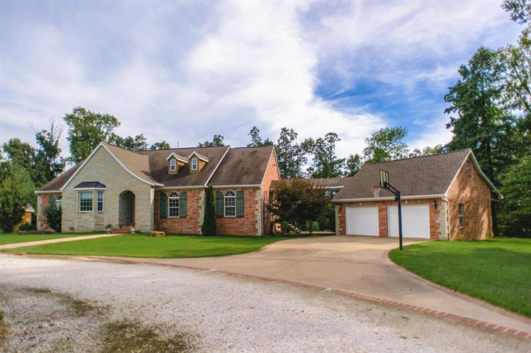7485 Newton Line Road, Harrison, AR 72601