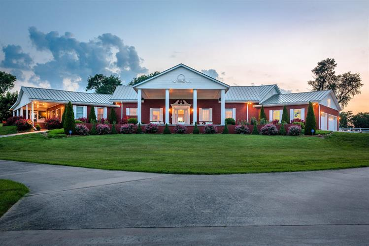1608 Bellefonte Road, Harrison, AR 72601