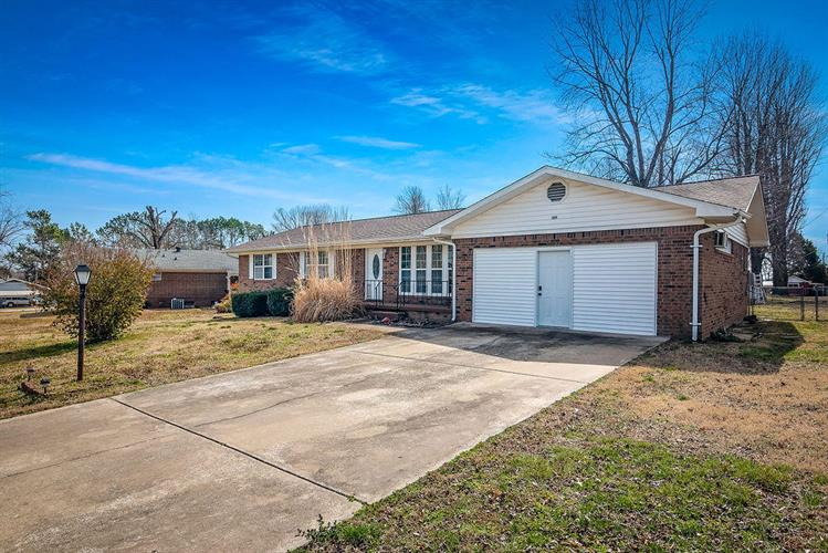 315 James Way, Harrison, AR 72601 - Image 1