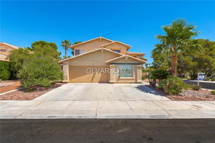 8400 HONEYWOOD Circle, Las Vegas, NV 89128