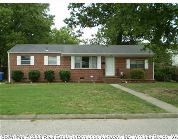 402 brentwood newport news va 23601 mls 10137518 for 1 kitchen newport news va