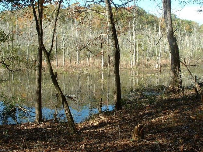 6 + ACRES Glen Auburn, Gloucester, VA 23061