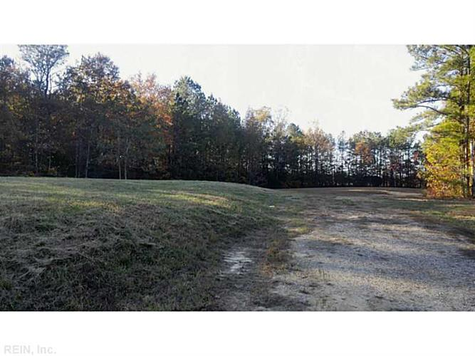 LOT 13  FOX CHASE, Dendron, VA 23839
