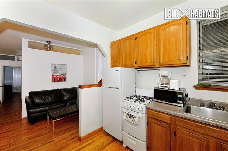 346 East 65th Street, New York, NY 10065