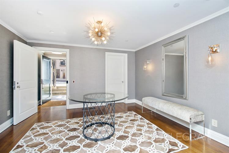 147 East 63rd Street, New York, NY 10065