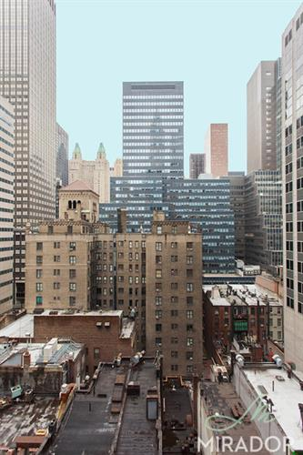 132 East 45th Street, New York, NY 10017
