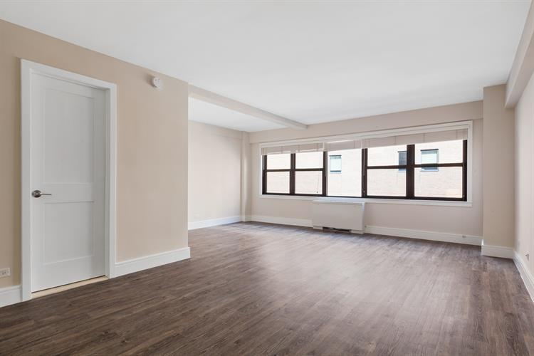 225 East 63rd Street, New York, NY 10065