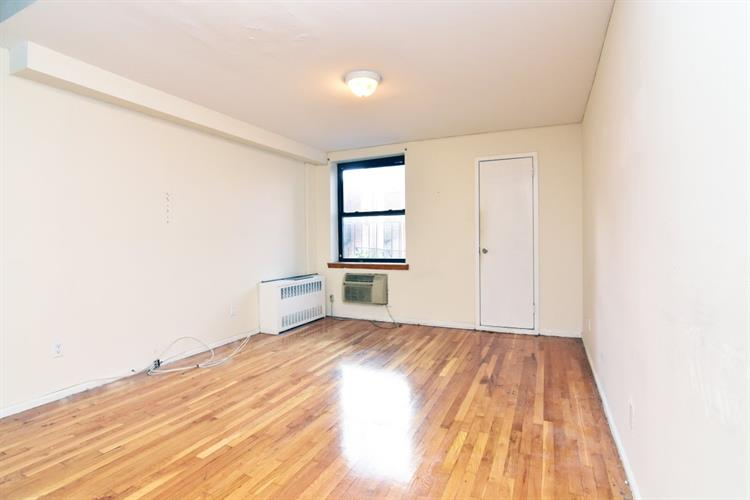1729 First Avenue, New York, NY 10128