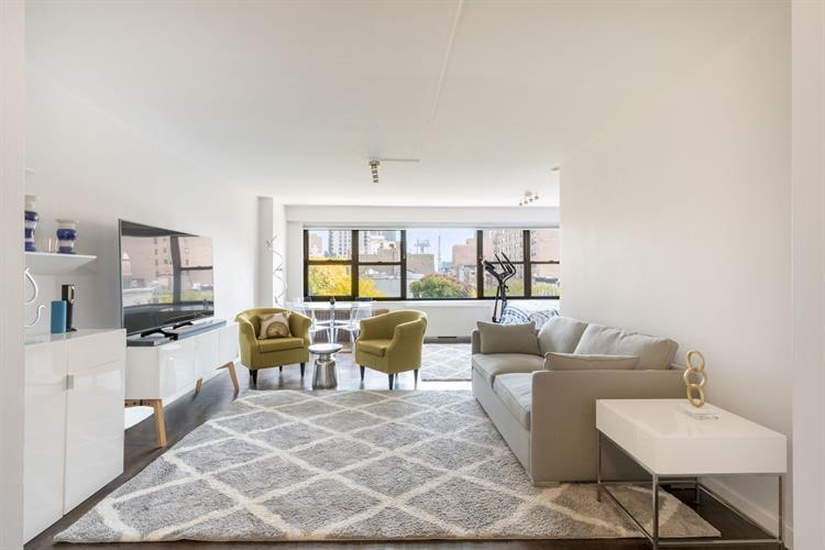 166 East 61st Street, New York, NY 10065 - Image 2