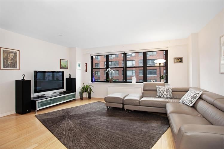 315 East 65th Street, New York, NY 10065