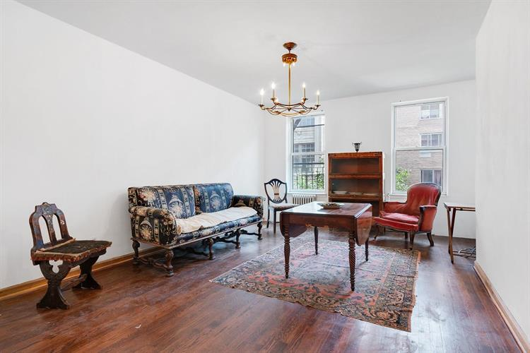 616 East 9th Street, New York, NY 10009