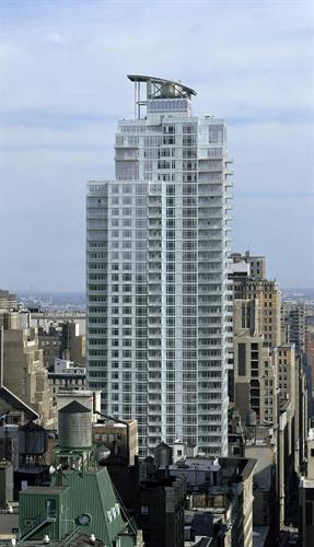 325 Fifth Avenue, New York, NY 10016 - Image 1