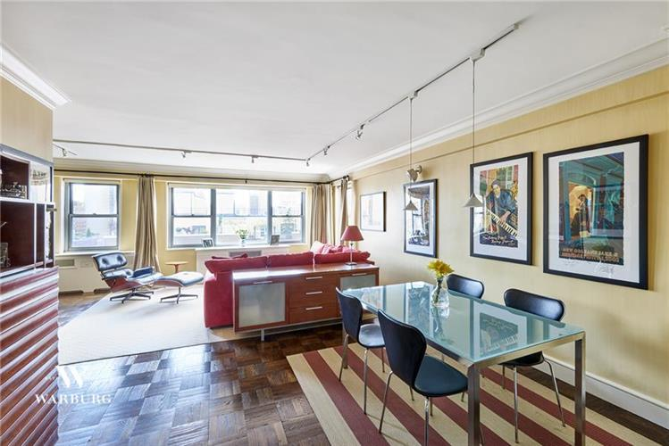 525 East 86th Street, New York, NY 10028