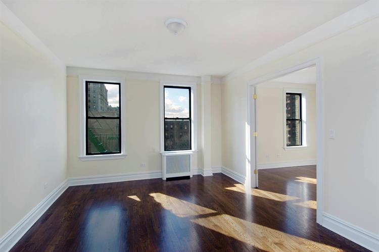 835 Riverside Drive, New York, NY 10032 - Image 1