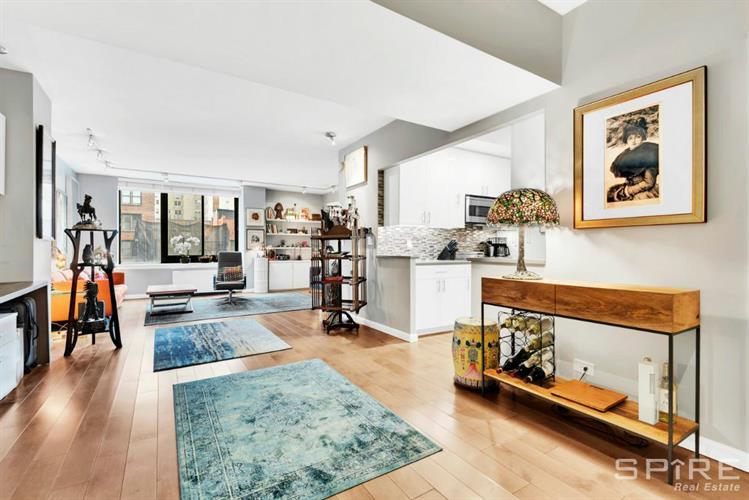 455 east 86th street new york ny 10028 mls rlmx for Living room 86th street brooklyn ny