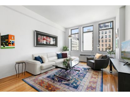 252 Seventh Avenue New York, NY MLS# PDES-4388321