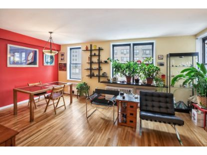 201 East 15th Street New York, NY MLS# PDES-4778278