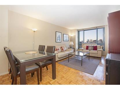 1 Irving Place New York, NY MLS# RPLU-4402250113