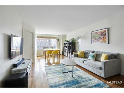 392 Central Park West New York, NY MLS# RPLU-63220151436