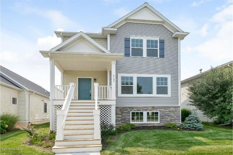 2122 Kensington Park Circle, Holland, MI 49423