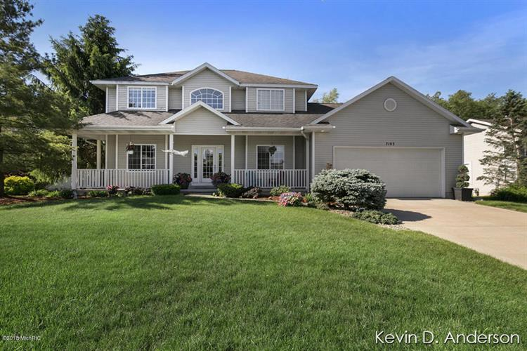 7103 Glen Creek Drive SE, Caledonia, MI 49316