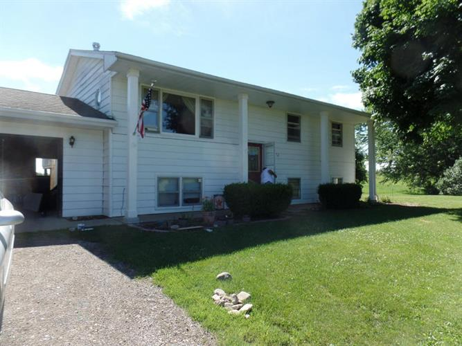 17771 Rickerman Road, Galien, MI 49113
