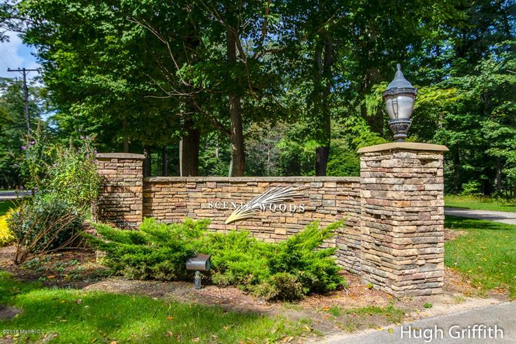 6290 N Scenic Woods Circle, Muskegon, MI 49445