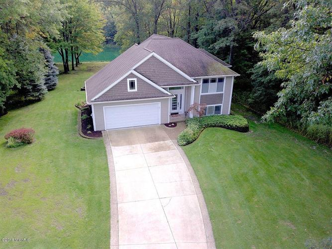 13706 Hidden Acres Drive, Holland, MI 49424