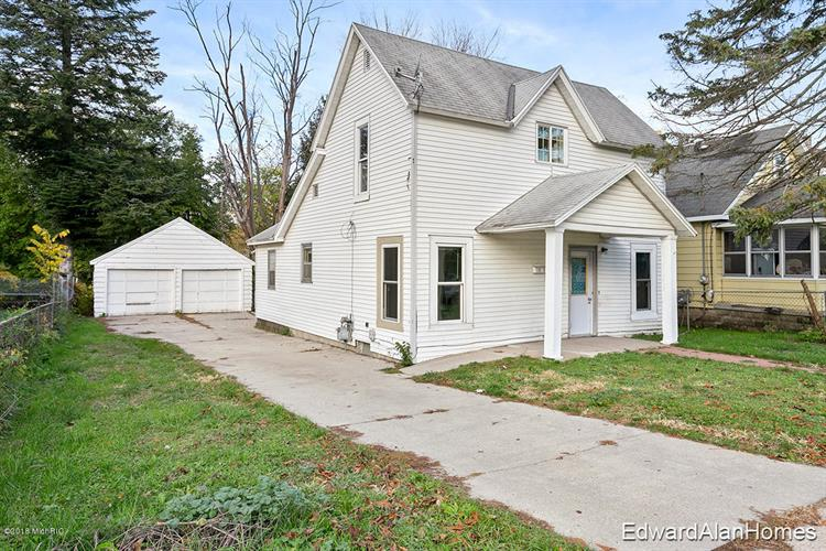 1821 Palace Avenue SW, Grand Rapids, MI 49507