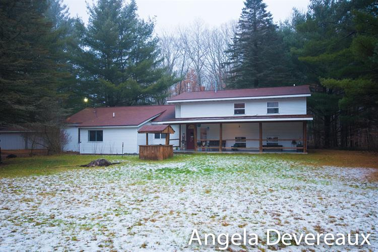 3644 Mary Avenue, Newaygo, MI 49337 - Image 1