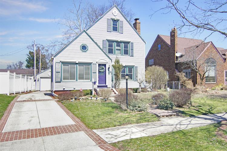 247 Sherman Road, Battle Creek, MI 49017 - Image 1