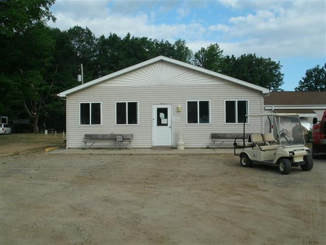11540 E North Adams Road, North Adams, MI 49262