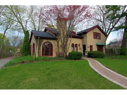 1427 Breton Road SE, East Grand Rapids, MI
