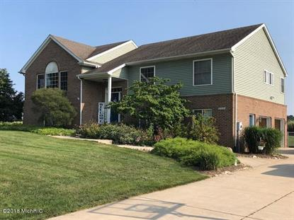 21551 Fieldview Drive, Edwardsburg, MI