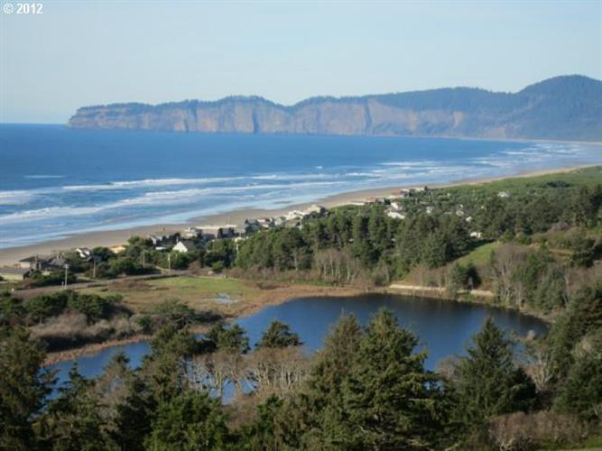 66 Nantucket DR, Pacific City, OR 97135