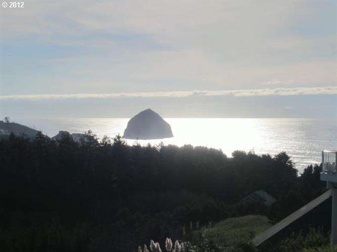 38 Southview LOOP, Pacific City, OR 97135