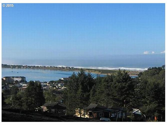 SE Jetty AVE 47, Lincoln City, OR 97367