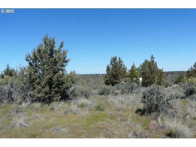 11796 SW UPPER CANYON RIM DR, Culver, OR 97734