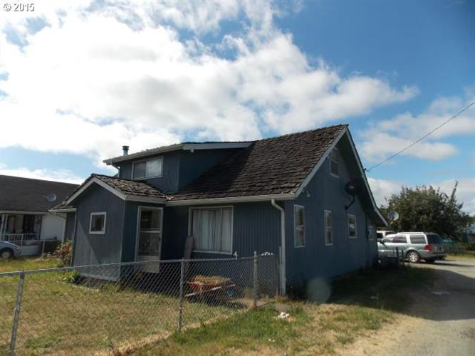 54325 ARAGO-FISHTRAP RD, Myrtle Point, OR 97458