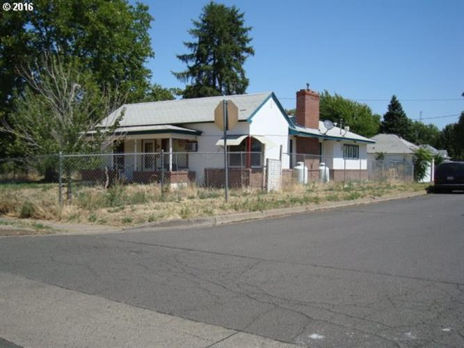 1715 S Main ST, Milton-Freewater, OR 97862