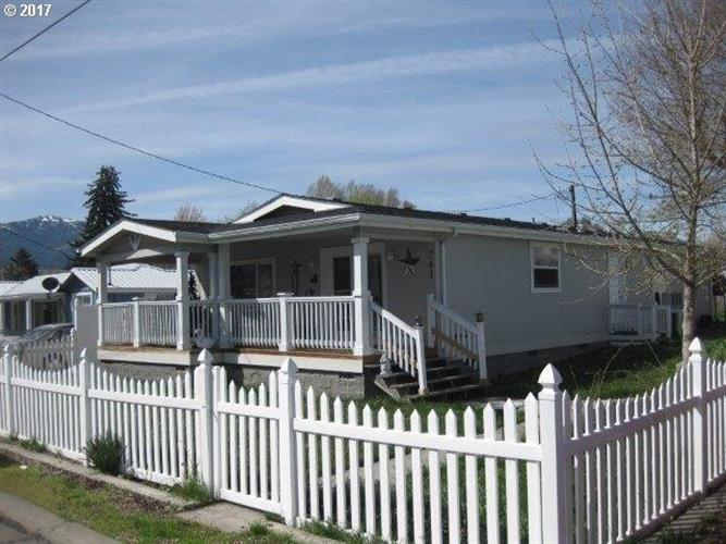 241 COTTONWOOD ST, Mount Vernon, OR 97865