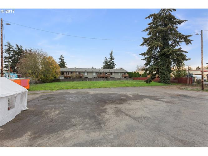 11108 SE POWELL BLVD, Portland, OR 97266