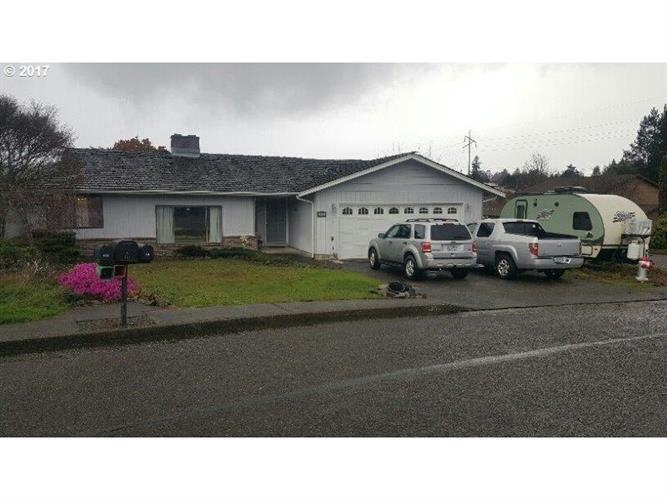 1459 FORD LN, North Bend, OR 97459