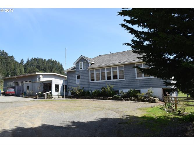 94667 N BANK PISTOL RV RD, Gold Beach, OR 97444