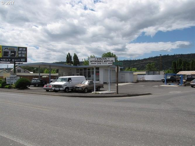 3838 W 6TH, The Dalles, OR 97058