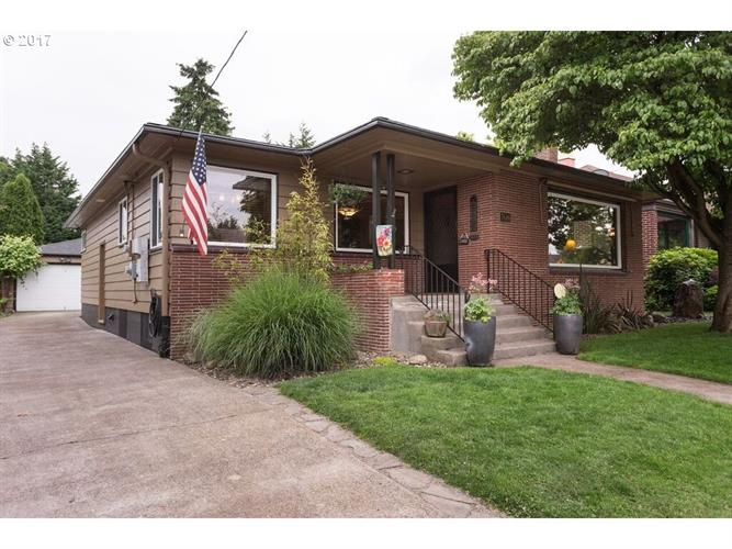 7616 N DENVER AVE, Portland, OR 97217