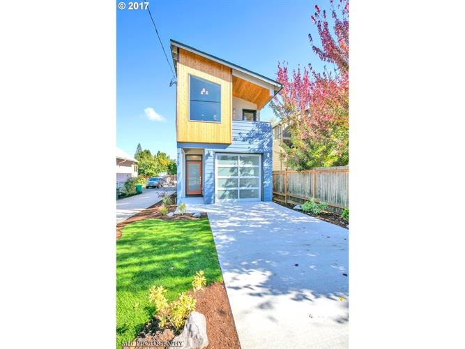 0 SE Oak ST, Portland, OR 97216