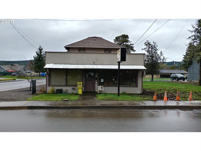 645 W MAIN ST, Sheridan, OR 97378